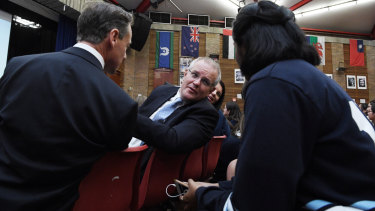 Prime Minister Scott Morrison talking to students during the batyr workshop.